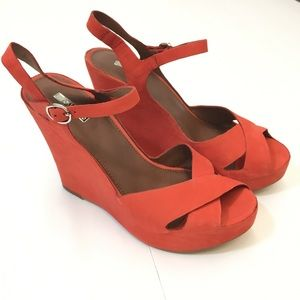 Coral Leather Wedges from Matiko Sz 8